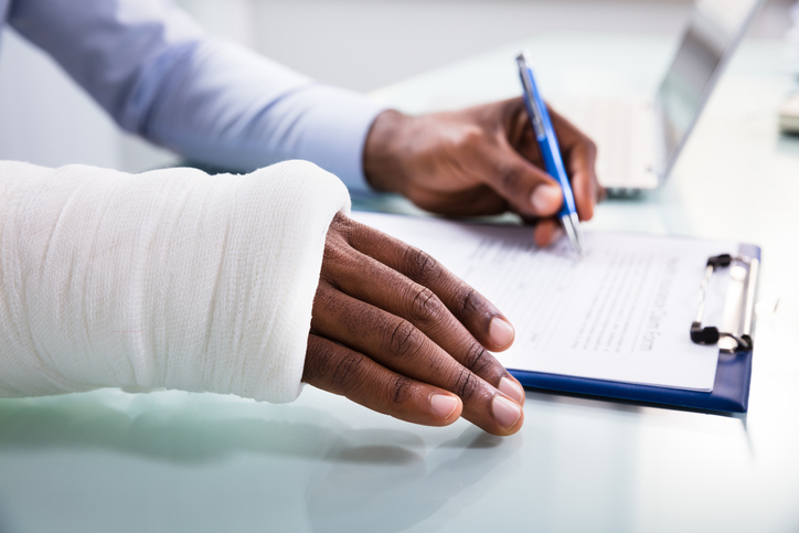 After an Accident: The Dos and Don'ts of Working with an Insurance Company